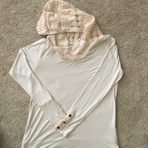 Pinkblush Tops - Lightweight long sleeved crochet hoodie
